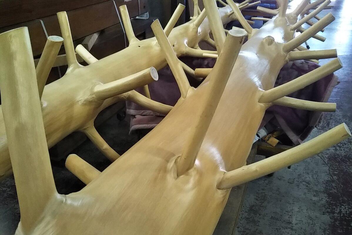 桧枝付き丸太