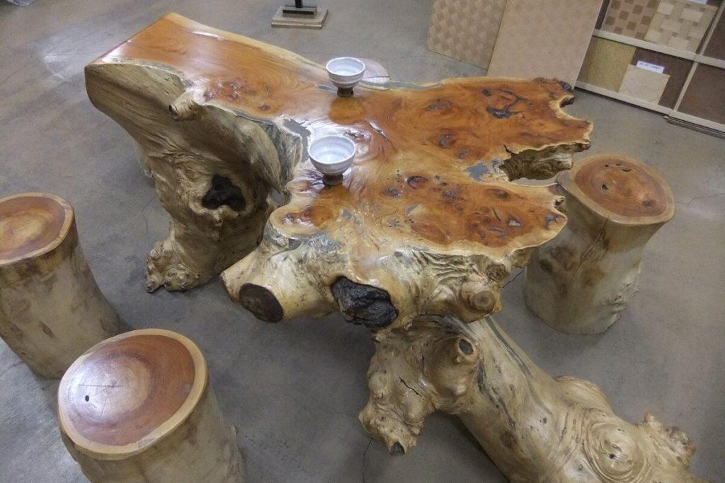 ケヤキ自然木テーブルセット